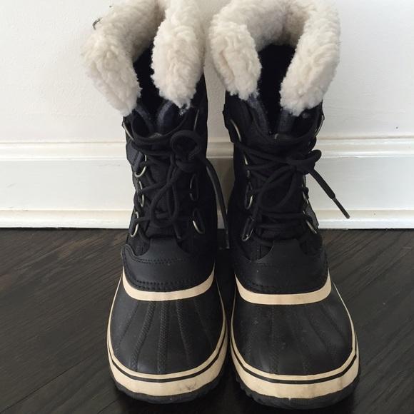 88e8b0277f8 SOREL Women's Winter Carnival Boot (Black & White)