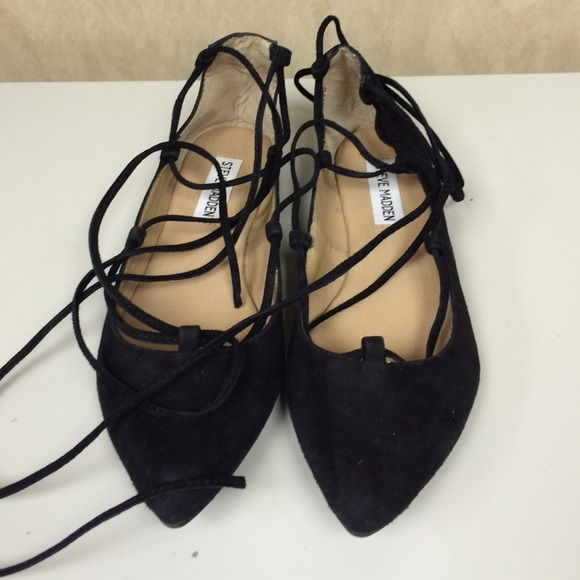 e6a1c9a0e7c Steve Madden Eleanorr lace up flats. M 56e977206802780a5e038be7