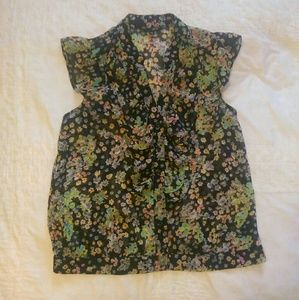 Sheer black floral sleeveless ruffled blouse VGUC