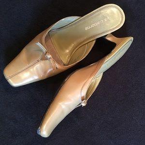 Liz Claiborne Shoes - ❤️Just In❤️Olive  Kitten Heel Liz Claiborne Slides