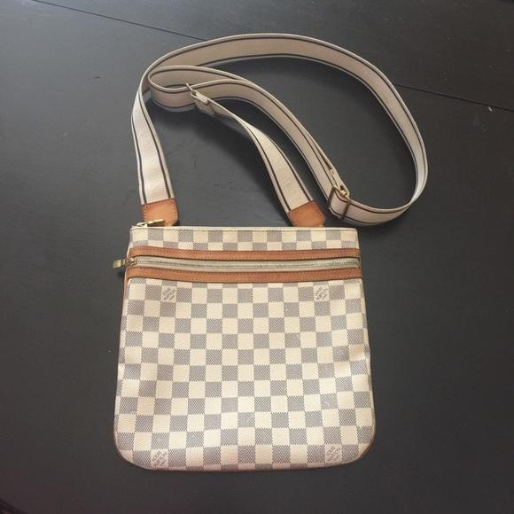 4f06cbe6a073 Louis Vuitton Handbags - ✨Louis Vuitton✨Bosphore Crossbody Bag