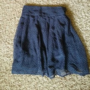 GAP skirt in navy with design