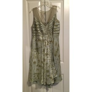 Adrianna Papell Dresses & Skirts - Adrianna Papell Light Green Dress