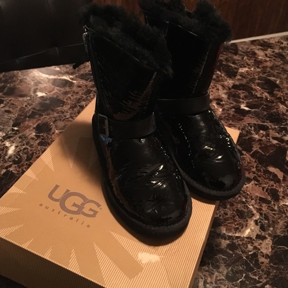 1714c3d3891 Girl's UGG patent leather boots