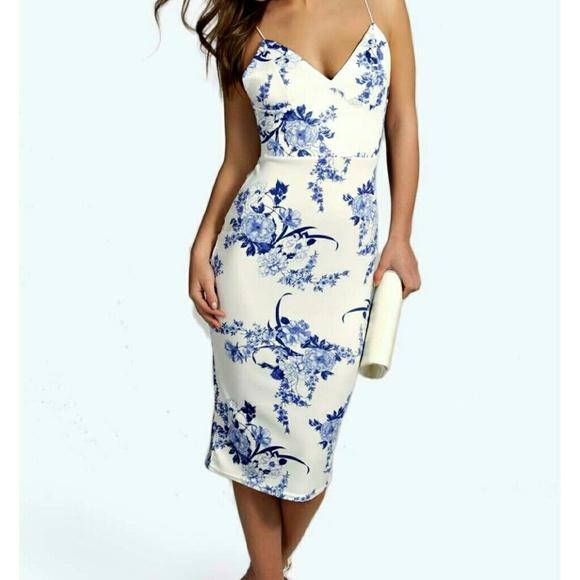 c557a6bc9c1f Boohoo Dresses | Nwt Blue And White Floral Dress | Poshmark