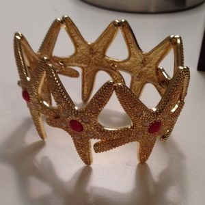Lilly Pulitzer Jewelry - Lilly Pulitzer Gold Starfish Bracelet