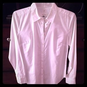 XS NWOT Loft white softened button up shirt