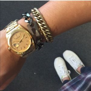 Accessories - NEW! Oversized gold- colored watch MSRP $58