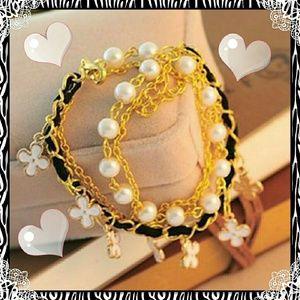 ♥Adorable Charm Bracelet!♥