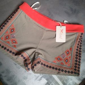 Thyme tribal embroidered shorts -tan, navy, orange