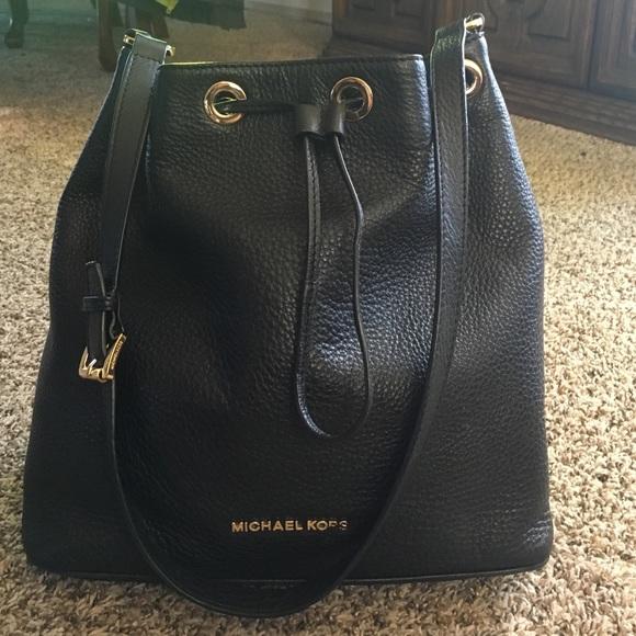 Michael Kors Jules handbag. M 56eaecef4127d03c5f005d98 6ab9929a08ea2