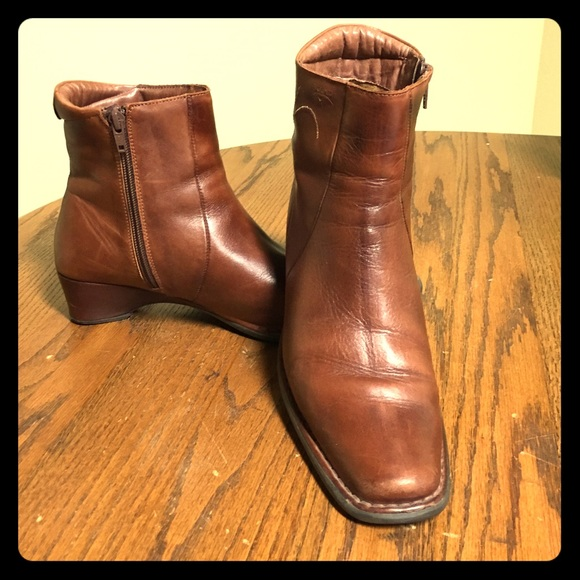 8e252c1a Pikolinos Shoes | Vintage Brown Leather Zip Low Boots | Poshmark