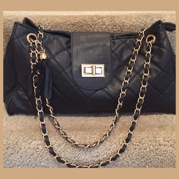 Gorgeous black quilted bag with gold chain