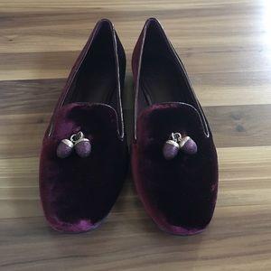 11e01c8290bdd4 Tory Burch Shoes - Tory Burch acorn charm smoking slippers