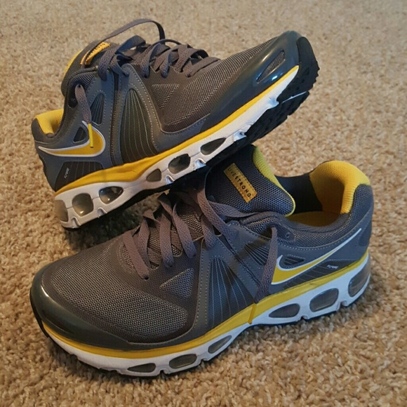 Alliance for Networking Visual Culture » Womens Nike Air Max Tailwinds