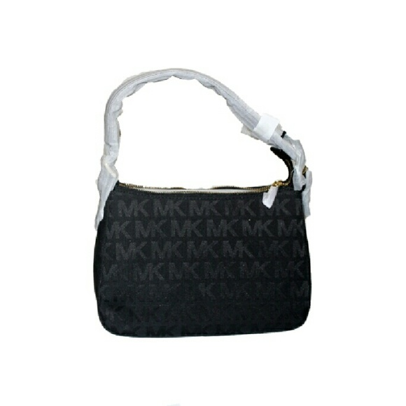 ebb2424dde46 Buy michael kors black small bag   OFF45% Discounted