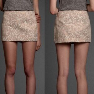 Abercrombie & Fitch Dresses & Skirts - 🆕 Abercrombie shimmery skirt