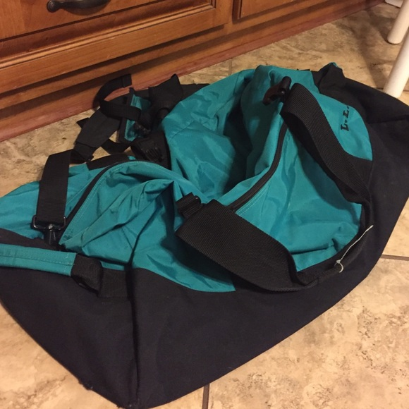 Excellent Extra Large LL Bean Duffle Bag