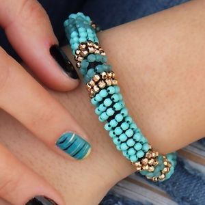 Chiccy Accessories Jewelry - Turquoise Gold toned Stretch Bracelet