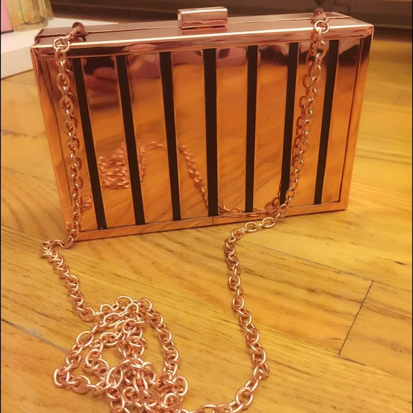 c406fb1a4e6 JustFab Accessories - Justfab rose gold clutch