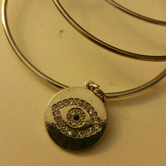Jewelry - |SALE|Lucky Seeing Eye Bangle
