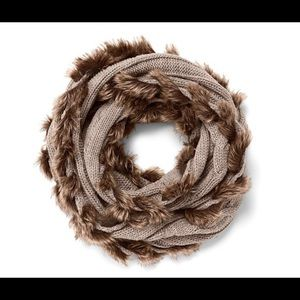 Tchibo Accessories - HP!🏆Tchibo Infinity Fur Soft Warm Knit Scarf NWOT