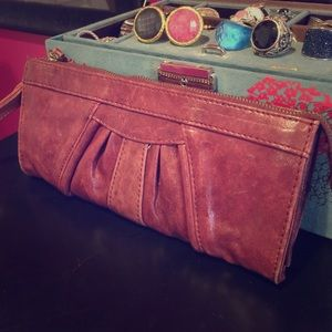 Junior Drake leather wallet/wristlet large ⭐️