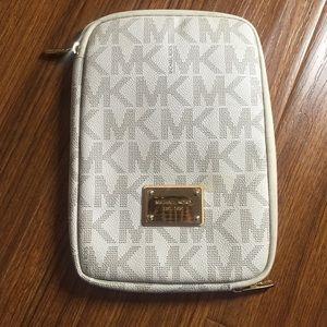 Michael Kors Accessories - Michael Kors Small Tablet Case