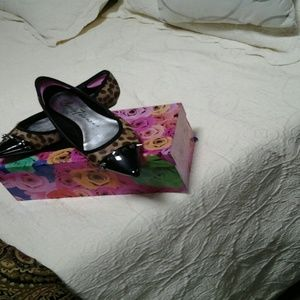 Beverly Feldman Shoes - Beverly Feldman leopard flats EUC
