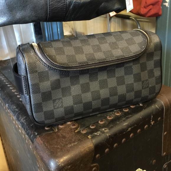 Louis Vuitton Handbags - Louis Vuitton Damier Graphite Toiletry Pouch 203a8eba8d2aa