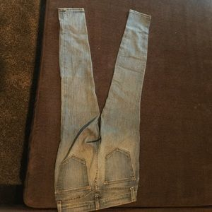 light wash J brand skinny jeans
