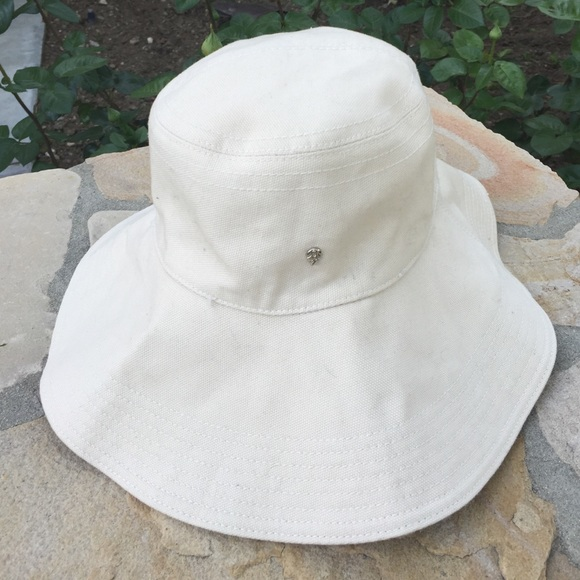 dbf2f05e6c07a Helen Kaminski Accessories - Helen Kaminski Australia Sun Hat