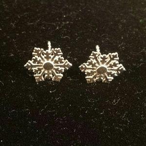 .925 Sterling Silver Snowflake Earrings NEW