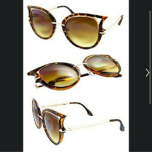 Cat-eyes sunglasses/ sunnis