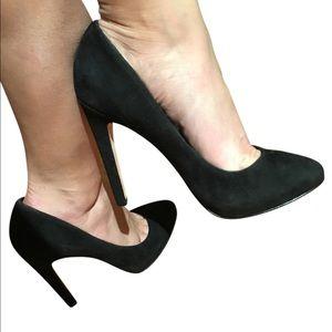 NIB Black suede Dolce Vita pumps