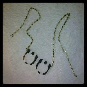 Prima Donna Jewelry - Glasses Necklace