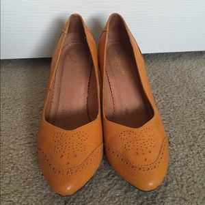Anthropologie Shoes - Anthropologie Miss Albright Elevated Oxfords 8.5