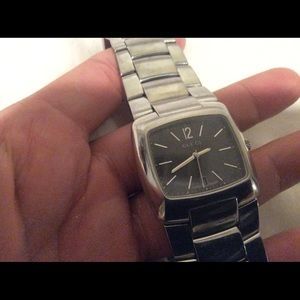 Used Gucci watch for man.....