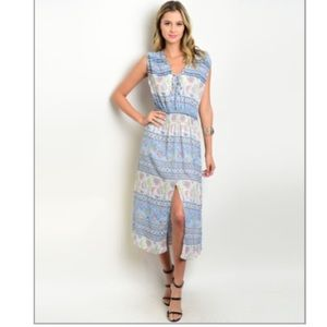 Last One (Medium)! Light Blue Floral Midi Dress