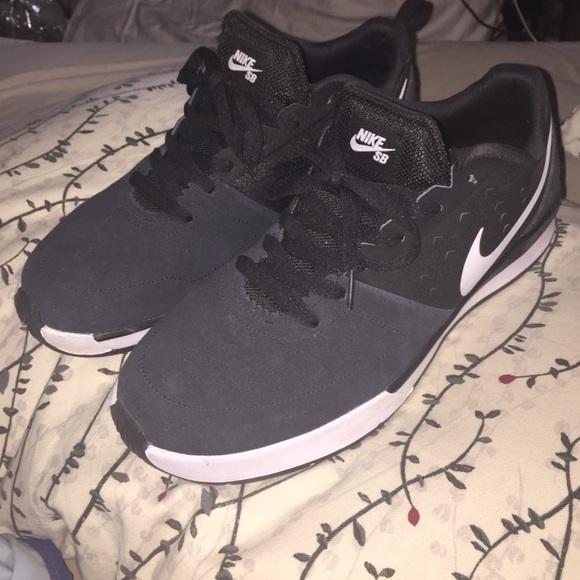 0657d4e6432b Nike sb Ghost skate shoes. M 56ed78f313302a90bf03705e