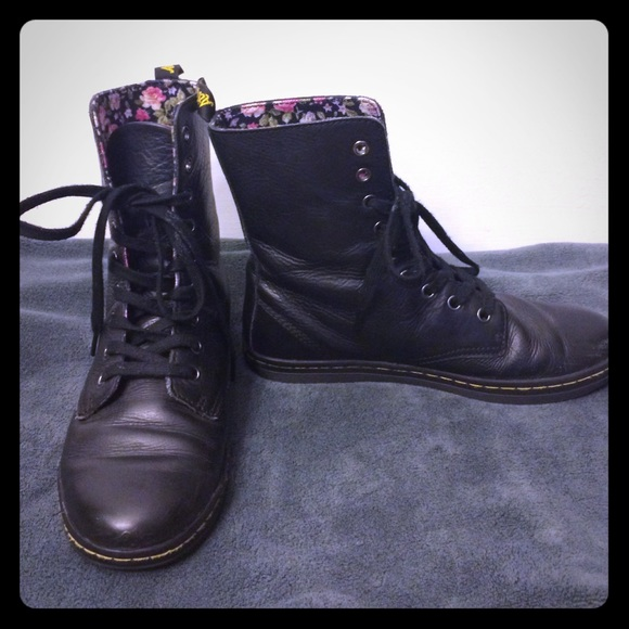 9261d4b1ba8 Dr. Martens Stratford 9-Eye Fold Down Boot