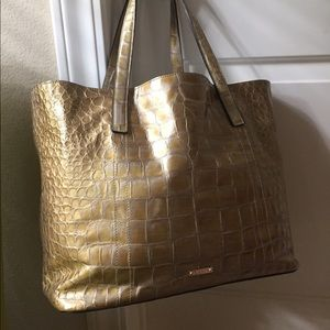 MaxMara Handbags - Absolutely Gorgeous MaxMara tote💕