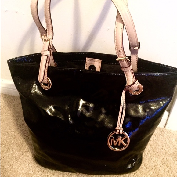 19% off Michael Kors Handbags - Black Michael Kors bag with nude ...