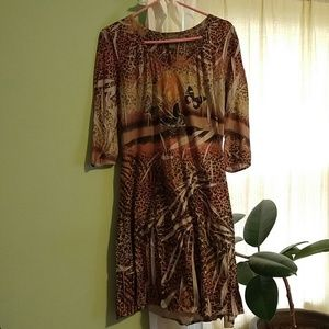 Dresses & Skirts - Beautiful easy to wear dress