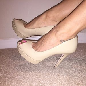 Cole Haan Air Mariela sexy beige pumps