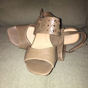 Shoes - Comfort View Taupe Sandals