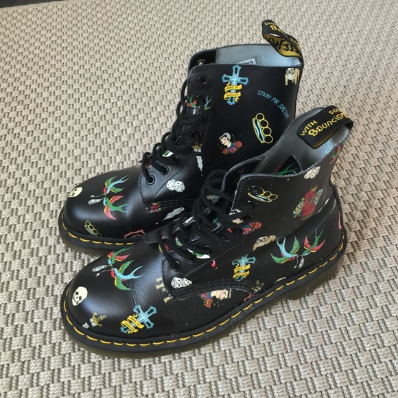 Doc Martens Black Tattoo Pascal Boots