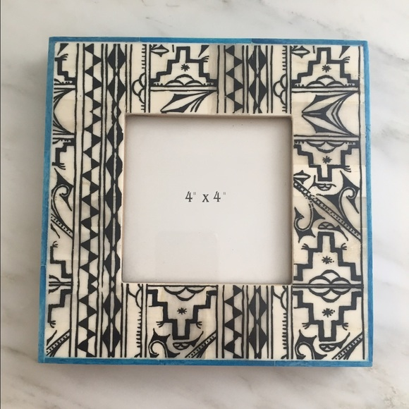Urban Outfitters Other | Euc Uo Small Square Aztec Print Picture ...
