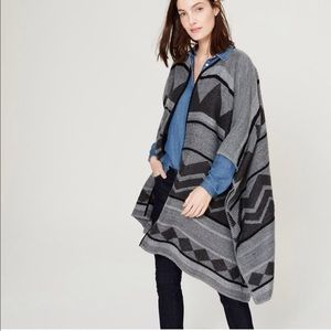 LOFT Jackets & Blazers - 🎉HP🎉LOFT Striped Geo Poncho