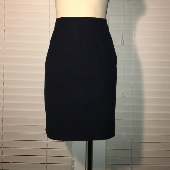 67 h m dresses skirts h m navy pencil skirt from